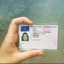 Diventa La patente di guida è un documento di identità falso, Diventa